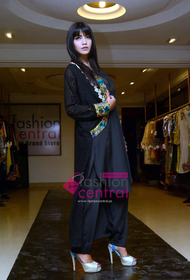 Fashion Central Multi Brand Store Opens In Lahore