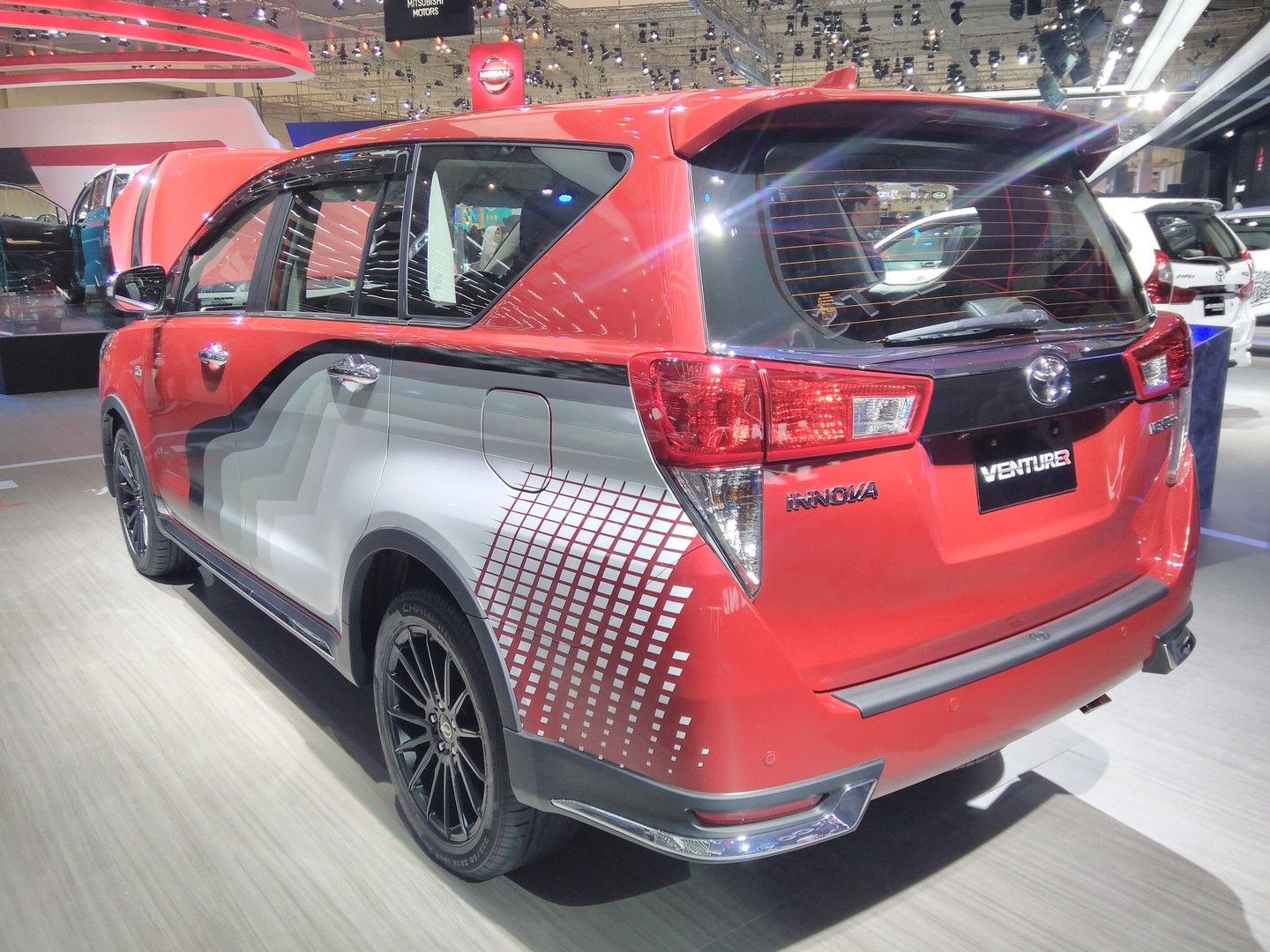 All New Toyota Kijang Innova Venturer Vellfire 2019 With Body Graphics Ms Blog