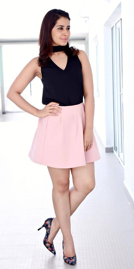 Rashi Khanna Legs Show In Mini Blue Top Pink Skirt