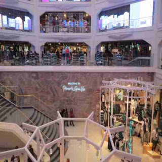 Madrid, Primark, flagship store, inside