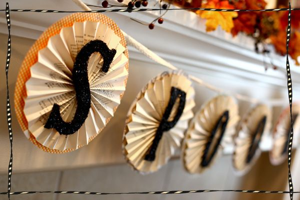 Spooky Halloween Book Page Crafts - Spooky Accordion Halloween Banner