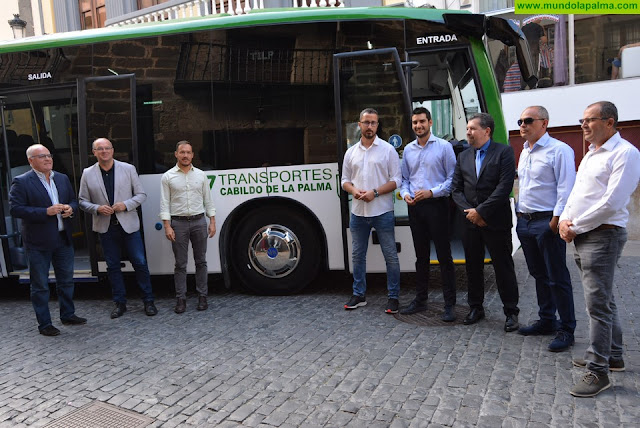 El servicio de transporte público en La Palma incorpora siete nuevas guaguas