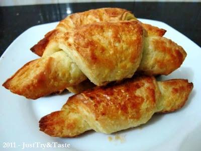 Obsesi Roti 1: Step by Step Croissant Renyah & Lezat JTT