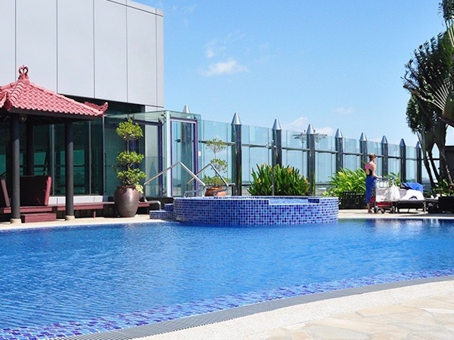 Changi Rooftop Swimming Pool