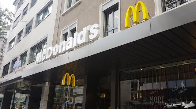 Mc Donald's,   Zurique, Suíça