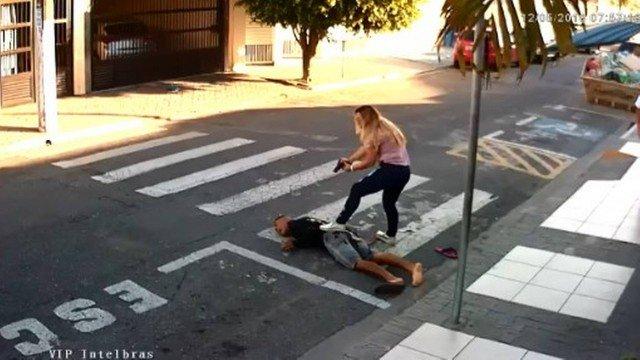 Mãe de assaltante morto processa PM por usar cena da morte pede quase R$500.000,00! iNFO Concursos
