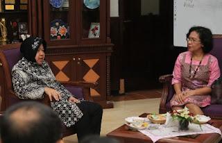 Walikota Surabaya bersama tim penilai