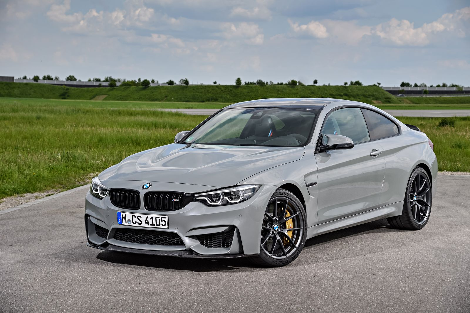 2018 Bmw M4 Cs Stuns In New Gallery 186 Pics Carscoops