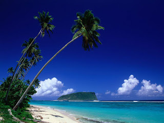 4 Pantai Pasir Putih di Lombok Timur, Tengah & Barat : Senggigi, Mawun, Selong Belanak, Tanjung Aan