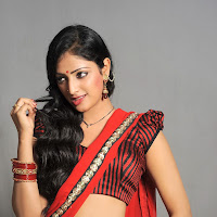 exotic blooming Hari priya latest hot pics