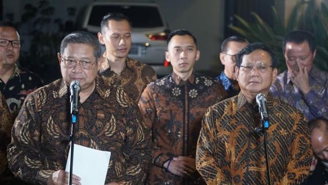 Makna Motif Batik yang Dipakai SBY dan Prabowo