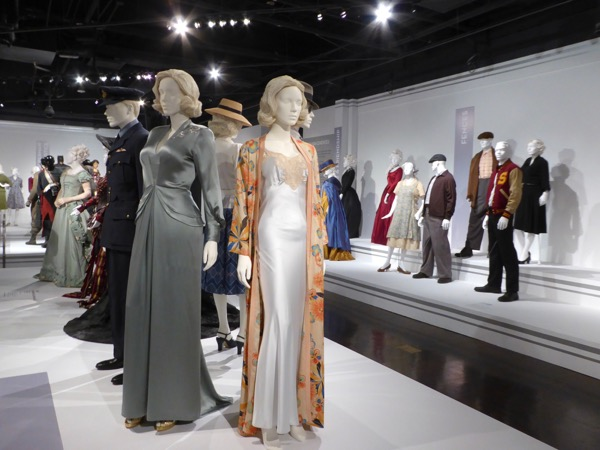 Oscar nominated Allied movie costumes