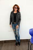 Actress Sonia Mann Stylish photo session-thumbnail-2