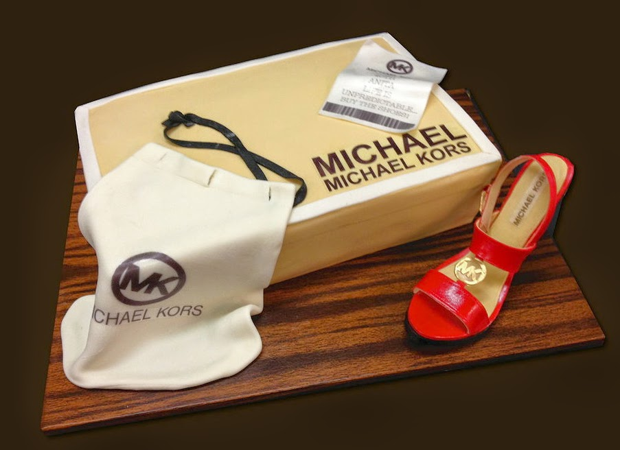 10-Shoe-Box-Debbie-Does-Cakes-www-designstack-co