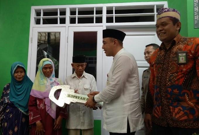 Bupati Tangerang Resmikan Rumah Layak Huni