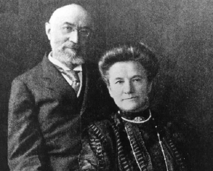 Soții Straus