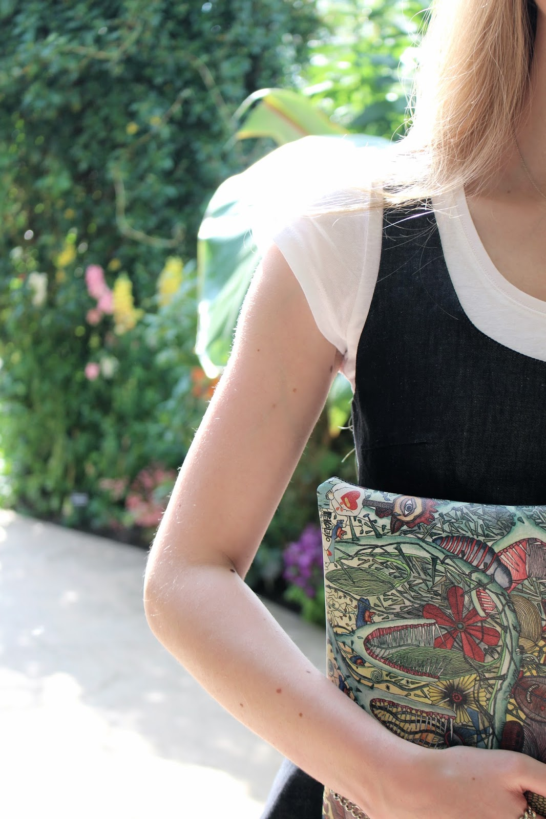 Cabuxa garden print clutch review
