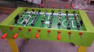 Como hacer tu propio futbolito casero facil y rapido for Mesa futbolito