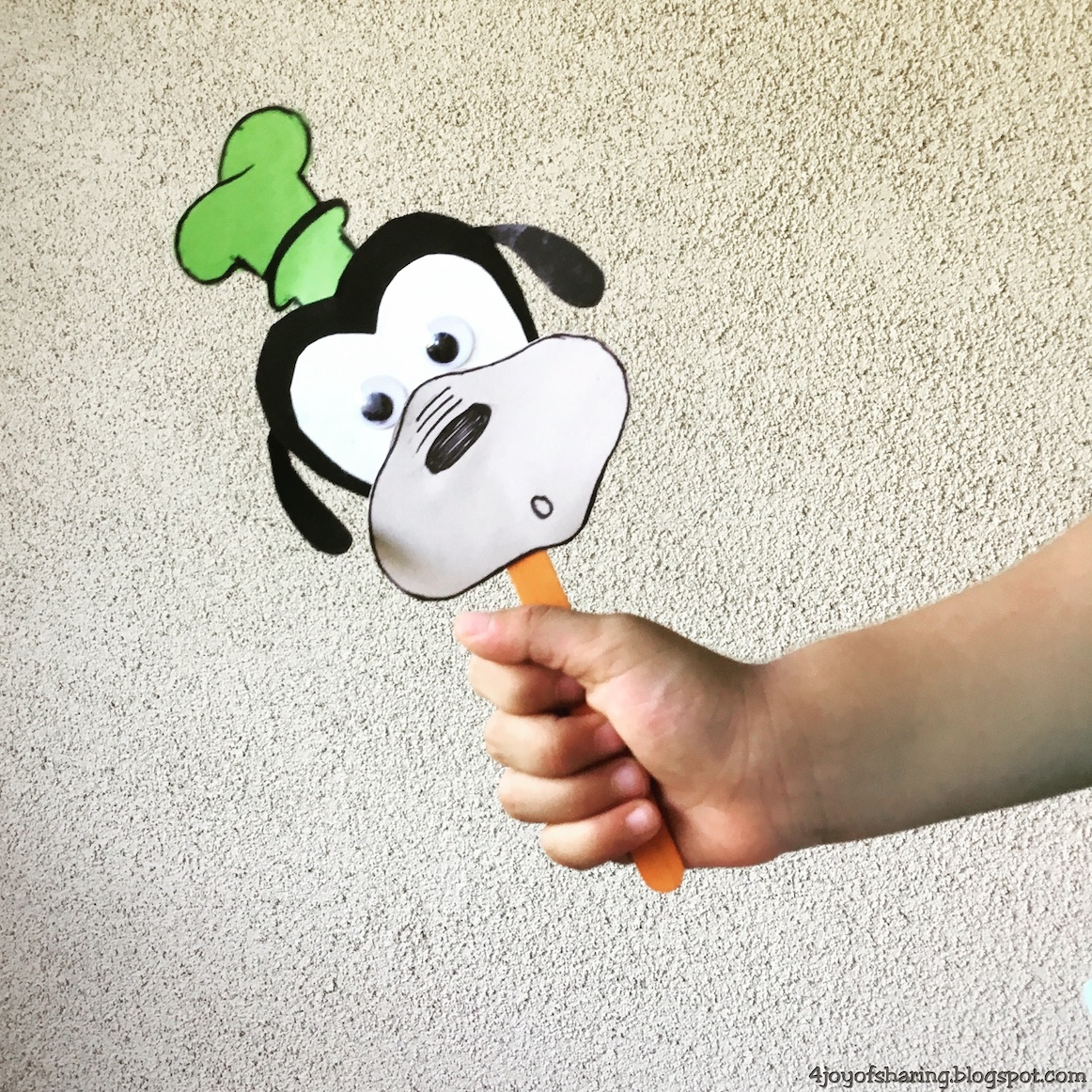 Kids Craft, Craft for kids, goofy, puppet, preschool craft, kindergarten craft, disney characters, popsicle stick craft, paper craft, summer craft, kids activities, kids art, art and craft for kids, mickey mouse