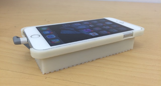 Nick Lee, a well-known developer and CTO at Tendigi, has successfully managed to get Android OS running on an iPhone 6S via a custom built case