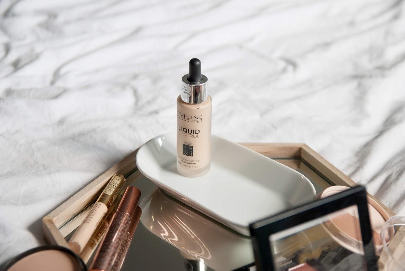 Makijaż jedną marką | Eveline Cosmetics