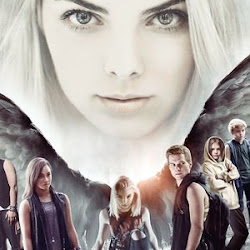 Poster Maximum Ride 2016