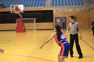 Mudanzas Álvaro Barakaldo EST gana 61-51 al Begoñazpi en Lasesarre