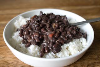 arroz-com-feijão-alimento-essencial-na-dieta-para-ganhar-massa-muscular