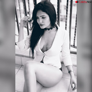 Riya Palekar stunning Instagram model actress cute pics in Bikini ~ .xyz Exclusive 008.jpg