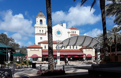 City Place in West Palm Beach Florida is a great place for dining, shopping, or just people watching! It's dog friendly as well.  Great dog friendly vacation spot. Pets