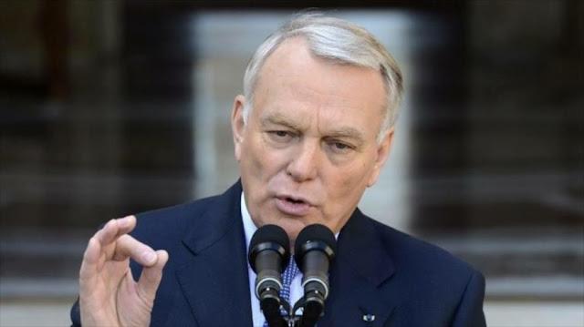 Canciller francés advierte a Erdogan: no utilice el golpe como un cheque en blanco
