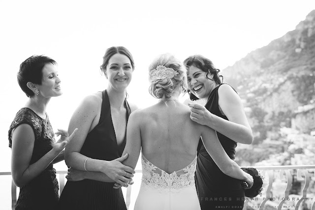 Bridesmaids and bride at Villa Oliviero