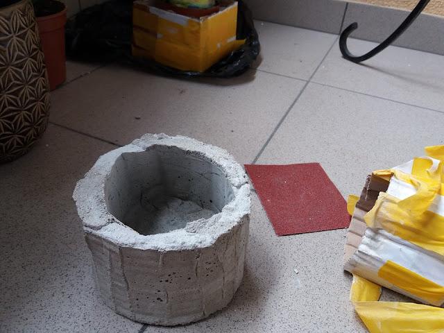 doniczki z betonu proporcje