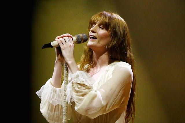 Confira a Nova Música de Florence + The Machine: Moderation.