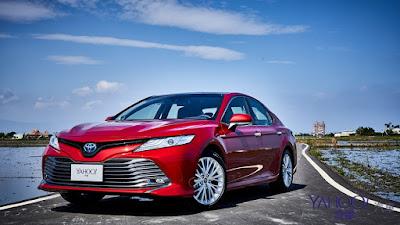 Toyota Camry Keen Look