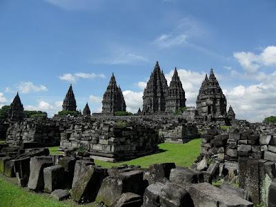 Candi Prambanan - pustakapengetahuan.com