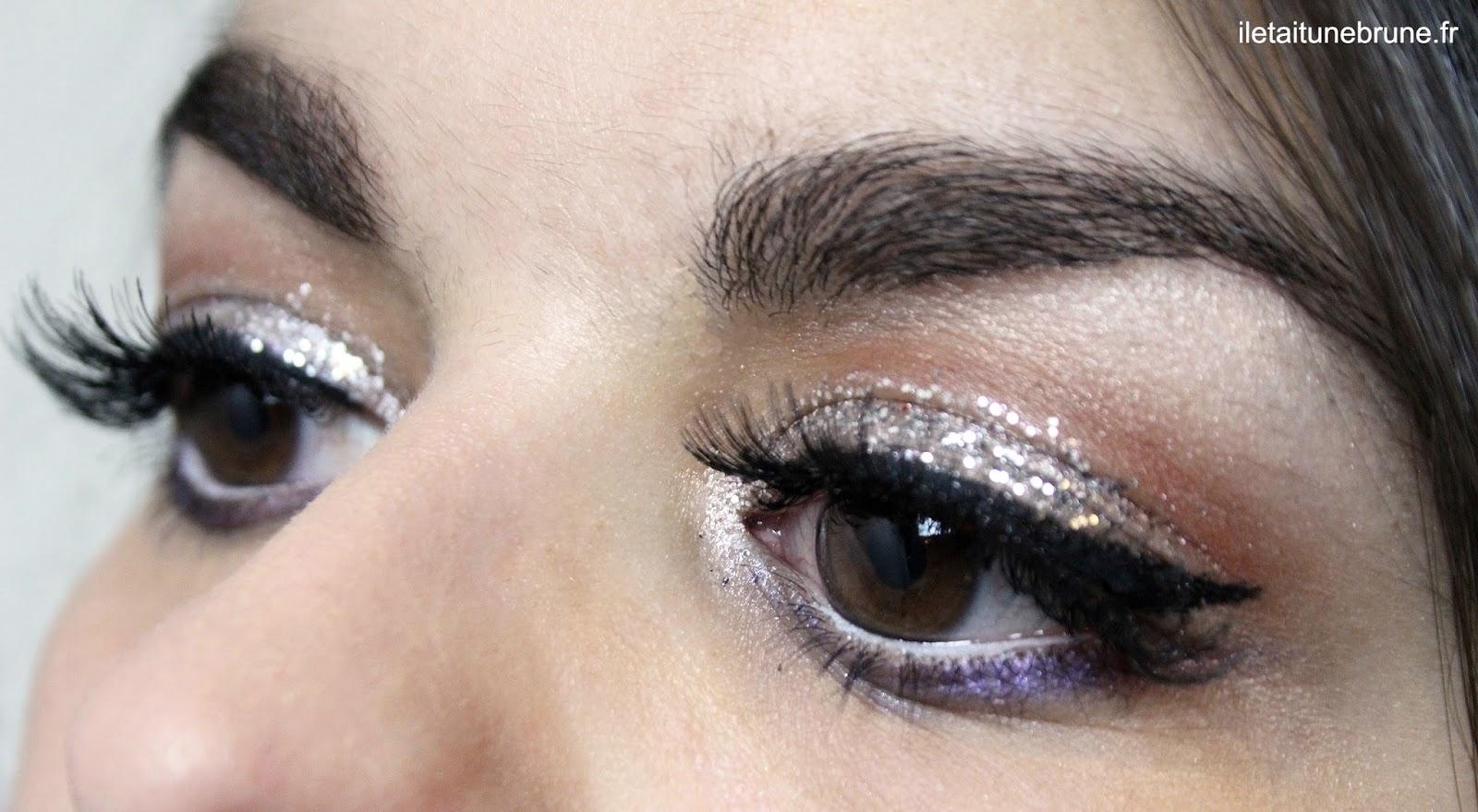 Maquillage des yeux glamour paillettes et faux cils
