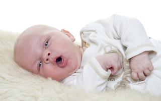 10 Cara Mudah Mengatasi Cegukan Pada Bayi