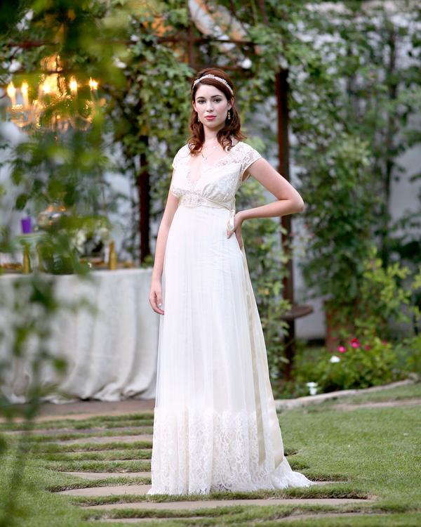 bride+groom+peter+pan+themed+neverland+wedding+tinker+bell+fairytale+princess+wendy+darling+captain+hook+fairy+dust+green+rustic+andy+sams+photography+21 - Neverland