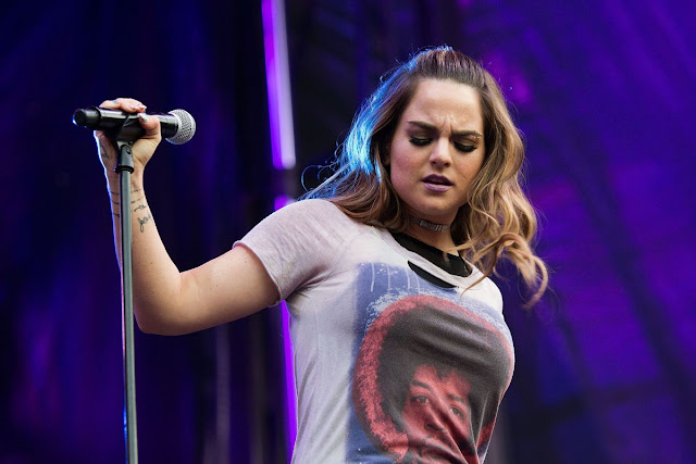 HQ Photos of Joanna Jojo Levesque Performs At A Concert In Seattle