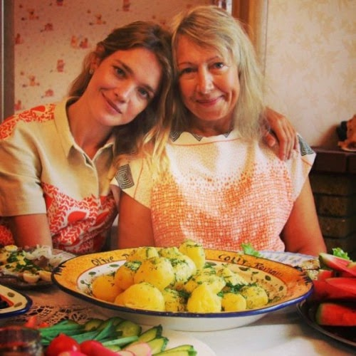 Natalia Vodianova is proud of his mother, who sells cakes