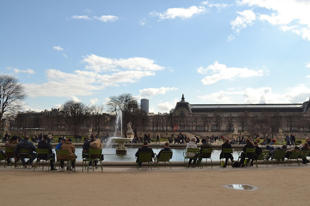 Park in the grounds of the Louvre