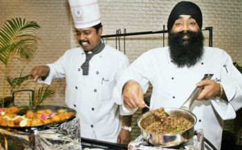 Makhan maar ke desi tadka, Chef Sweety Singh's Visit at Hyderabad