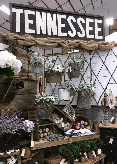 Tennessee sign, hanging buckets as planters