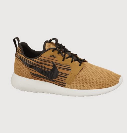 "finest selection 31d38 d959c The Brand new Nike Roshe Run Hyperfuse ""Metallic Gold"" Sneaker is Available  Now HERE. Peep a full image of these kicks after the jump."