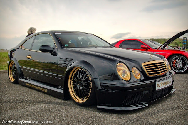 mercedes benz clk w208 stance style benztuning. Black Bedroom Furniture Sets. Home Design Ideas