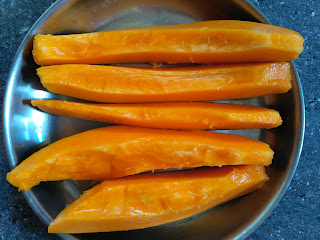 Sun cooked breakfast (Fruits) - Papaya