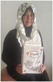 Susu Kambing Etawa Provit di kenal sebagai susu pengganti ASI ( Air Susu Ibu ) terbaik. Terbaik setelah ASI karena mengandung berbagai macam zat yang sangat baik dan di butuhkan oleh tubuh.   MASTER STOKIS SNS21 BPK HARIS  HP/WA : 082130077000 BBM : 54E3CB02      Kandungan dan Manfaat yang terkandung dalam SUSU KAMBING ETAWA PROVIT      Royall Jelly, untuk memperkuat dan meremajakan sel-sel tubuh     Zincum (Zn), untuk membentuk kekebalan tubuh     Mineral Alkaline, sangat baik untuk penderita maag kronis dan akut     Flourin + Betakasein, baik untuk penderita paru paru seperti asma, bronkitis, TBC, Pneumonia     A2-Betakasein dan Asam Amino Esensial, pembentukan insulin sangat baik untuk penderita diabetes     Cynokobalamin, pembentukan zat HB (Hemoglobin) bagi penderita anemia, demam berdarah, dan thalasemia     Kalium (K), untuk mengobati penderita darah tinggi (Hipertensi), dan sangat baik untuk keluhan darah rendah, mengatur fungsi kerja jantung, efektif menekan resiko terkena Arteriosklerosis     Enzim Xanthine Oxydase dan Niasin (Vit B3), bermanfaat membunuh sel kanker / tumor, dan efektif mengurangi efek toksis dari kemoterapi     Kalsium, mencegah osteoporosis (pengeroposan tulang) dan membantu pembentukan tulang     MCT (Medium Chain Trygliserida), berguna bagi yang menjalankan program Dietary dan penyembuhan akibat stroke     Lactogobulin, mencegah alergi akibat protein     Riboflavin (Vit B2) dan B3, memberi efek menumbuhkan kembangkan sel otak dan sel sistem syaraf sehingga menghindari keluhan sakit kepala seperti migrain dan baik pula untuk kecerdasan otak