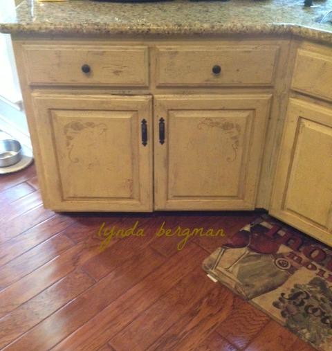 Faux Paint Kitchen Cabinets: LYNDA BERGMAN DECORATIVE ARTISAN: PAINTING FAUX FINISHES