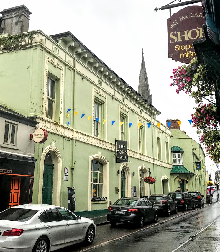 Patrick comerford the old ground hotel played a key role in modern the oconnell street frontage of the old ground hotel in ennis co clare incorporates part of the old town hall photograph patrick comerford 2018 altavistaventures Image collections